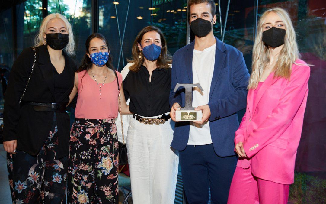 Ayúdame3D gana el premio Solidaridad de la revista TELVA por su proyecto SuperKids